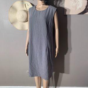 "Studio 1 Size 1X Gray Elegant Dress Length 40"""
